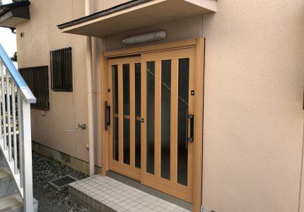 よく出入りする勝手口が、使い勝手のよい玄関へと生まれ変わりました!