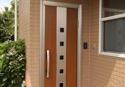 お気に入りの玄関にリフォーム!