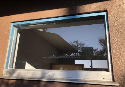 窓廻りの破損が建物の破損へ繋がることも…😂