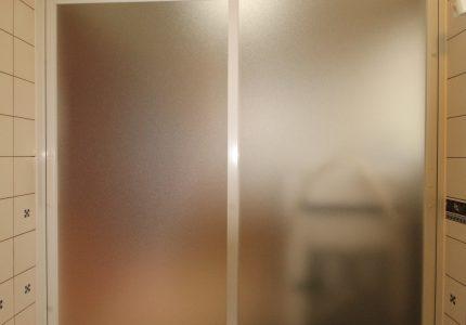 浴室ドアがリフレッシュ✨