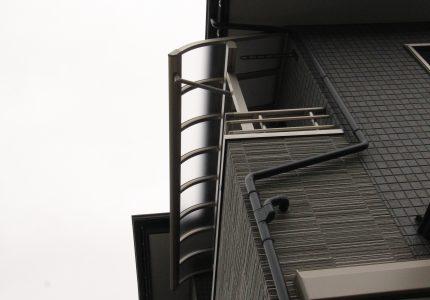 風にも雪にも強いバルコニー屋根❣