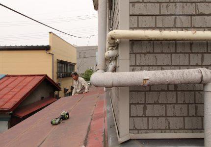 耐候性に優れた屋根材❕