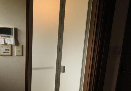 汚れやカビの発生しにくい浴室折戸✨