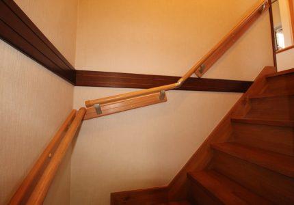 階段上り下りをサポートする手すり🍀