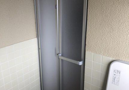浴室のドアを折戸に変えました🔁