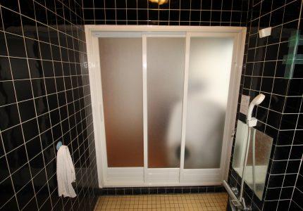 有効開口が大きく取れる浴室ドア🚪