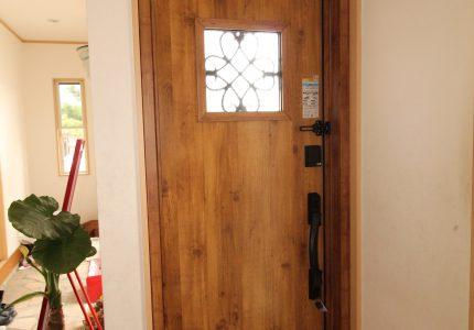 玄関で家の雰囲気が変わります💠