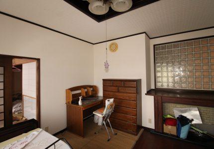 壁紙を貼り替え明るいお部屋へ👍
